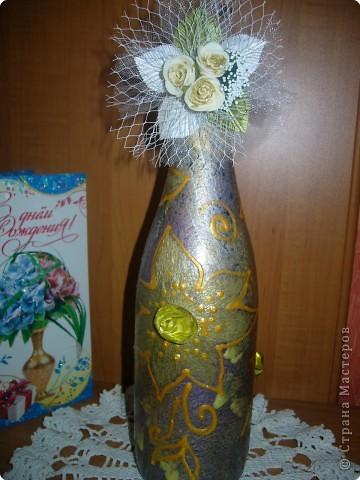 Снова от праздника осталась бутылочка - другая)) не могу спокойно их выбросить.. беру и творю! На этот раз получилось вот что! фото 2
