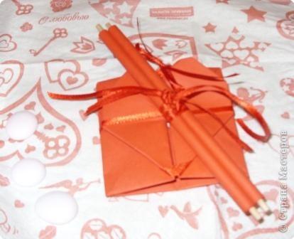 Если день рождения выпадает на период новоселья или ремонта, то подарки можно вручить так: фото 2