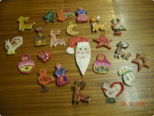 новогодние игрушки работы детей кружка солёное тесто