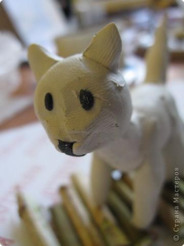 """Катюшка (моя ученица, 4 класс) решила для своего проекта по кошкам сделать поделку """"Два кота на прогулке"""", где показала внешний вид, пушистость, природу... фото 2"""