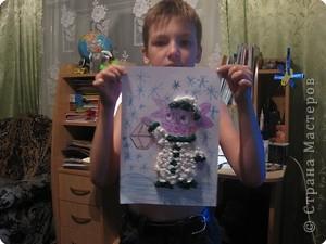 """Сынок на сайте бибигона увидел конкурс """"Одежда для Лунтика"""", вот такую одежку он сделал из салфеток. фото 1"""