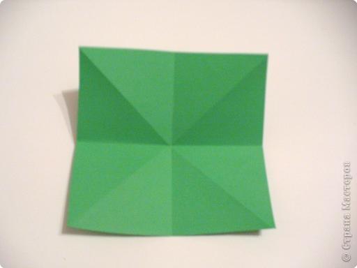 Коробочки-елочки можно использовать для упаковки нубольших подарков вытянутой формы.  фото 4