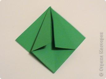 Коробочки-елочки можно использовать для упаковки нубольших подарков вытянутой формы.  фото 6