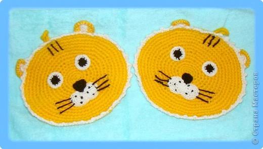 Вязание крючком: Прихватки Тигрятки веселые ребятки