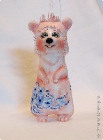 Шитьё: Розовая мышка на морозном рассвете фото 1