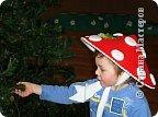 Моему большому другу Андрюше нужна была шапочка для танца мухоморчиков на новогодний утренник в детский сад. фото 1