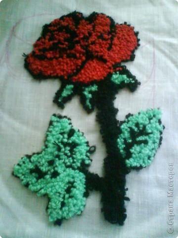 Вышивка ковровая: Пушистая роза