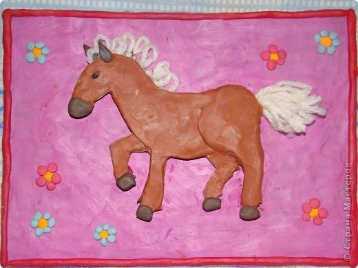 Аппликация из пластилина (+ обратная): наш конь (или лошадка...)
