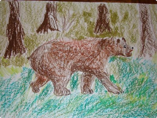 Медведь, Работа сына 9 лет Использовали восковые карандаши