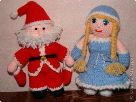Вязание крючком: Снегурочка для Деда Мороза. фото 1