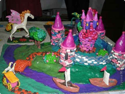 """В конце декабря в Центре  Внешкольной Работы   """" Эврика"""" проходит новогодняя выставка детских работ и новогодние представления. фото 7"""