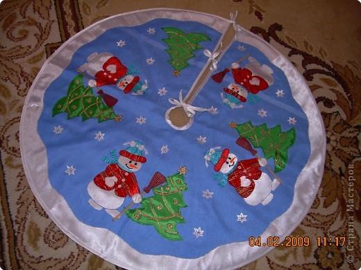 """Гильоширование: """"Маленькой ёлочке холодно зимой...""""(коврик под ёлочку) фото 2"""