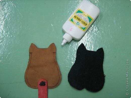 Аппликация: Изготовление новогоднего сувенира из кожи - футляра для ключей фото 8