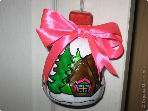 В школу на конкурс елочных игрушек сделали новогодний колокольчик.  фото 1