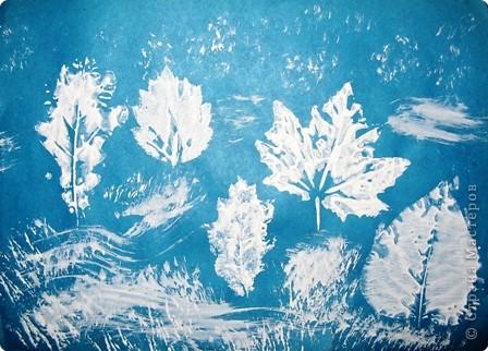 Заготовила зима  Краски все для всех сама.  Полю — лучшие белила,  Зорям — алые чернила.  Всем деревьям — чистые  блестки серебристые.  В. Фетисов  фото 2
