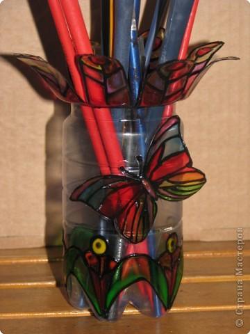 стаканчик для кистей и карандашей из пластиковой бутылки фото 4