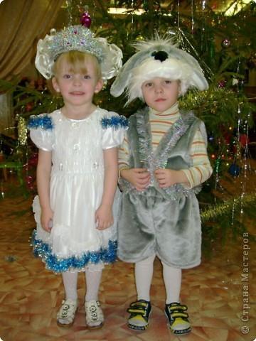 Света-снежинка,Кирилл-зайчонок. фото 1
