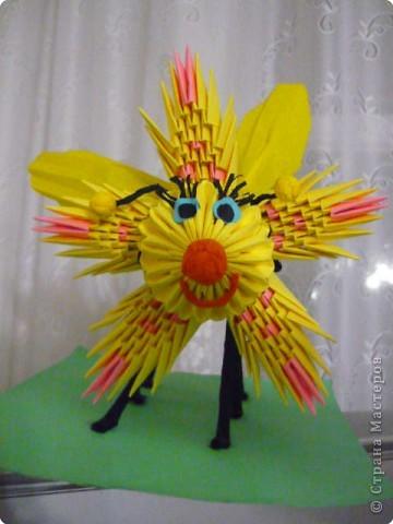 Симпатяга пчелка фото 3
