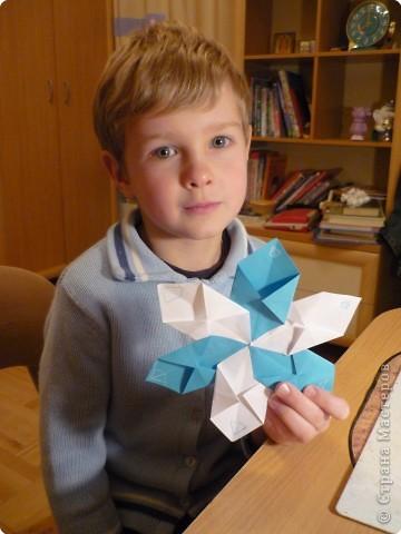 Аппликация из пластилина (+ обратная), Оригами: Максимкины снежинки. фото 1