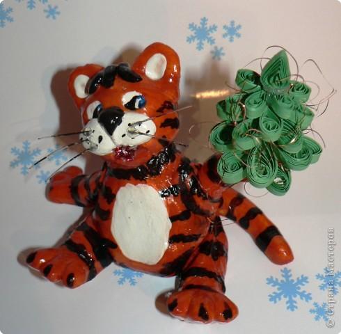 Вот такого тигрусю я вылепила для своего семейства на новый год. фото 1