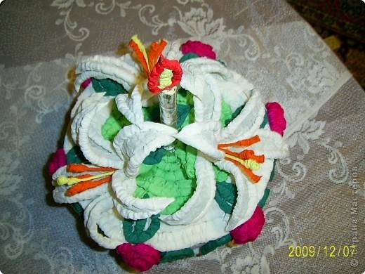Праздничный торт от Татьяны Николаевны Просняковой поверг меня в шок, я никогда бы не додумалась придумать такую красоту. Идея пришлась ко двору. У моего папы скоро День Рождения и я решила что такой вот тортик станет великолепной упаковкой лждя подарка. Несколько часов усиленой работы и он готов.  фото 2