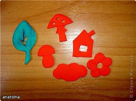 Вот такие штампики легко сделать из детских деревянных кубиков и бумаги-каучук фото 3