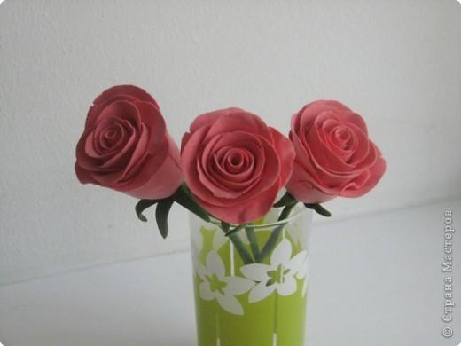 Розы в стакане фото 1