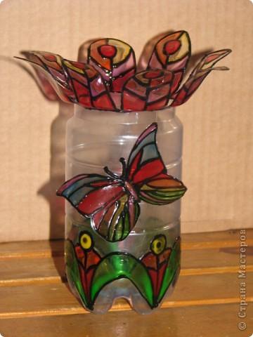 стаканчик для кистей и карандашей из пластиковой бутылки фото 1