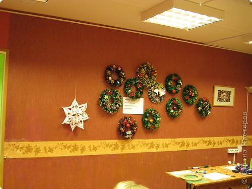 наши Рождественские венки из мишуры фото 1