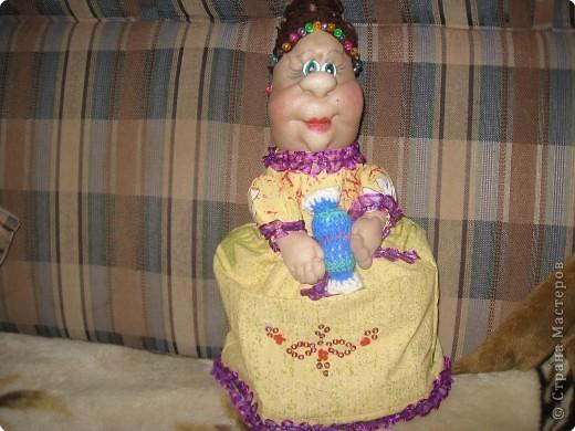 попробовала  сделать свою куклу на чайник  фото 1