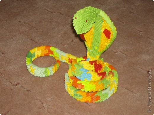 Оригами модульное: Авторская работа- Змея фото 1