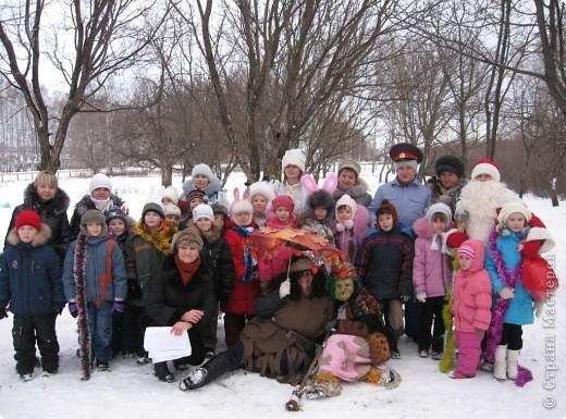 """Кроме традиционной школьной """"тёплой"""" ёлки мы с родителями моих первоклассников решили преподнести новогодний сюрприз """"Ёлка в школьном саду"""". фото 11"""