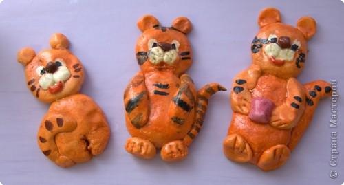 """Приглашаю вас  полюбоваться тиграми, сделанными учащимися нашей школы Это """"солнышко"""" связала Сысоева Яна фото 9"""