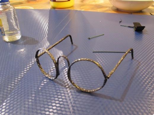 Как сделать кукле очки из проволоки