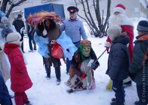 """Кроме традиционной школьной """"тёплой"""" ёлки мы с родителями моих первоклассников решили преподнести новогодний сюрприз """"Ёлка в школьном саду"""". фото 7"""