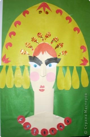 С ребятами вторых классов сделали характерный портрет королевишны фото 7