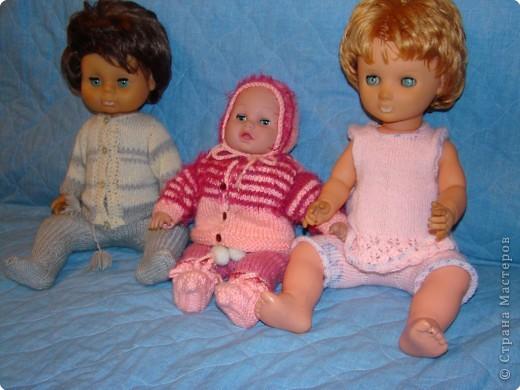 К Новому году и для больших кукол я решила связать обновки...  фото 1