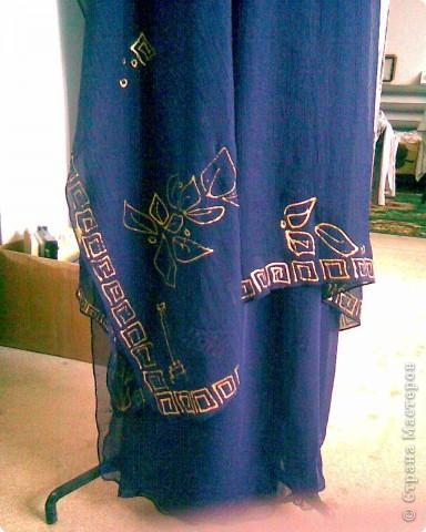 Куртка из кусков джинсовой ткани и украшена рисунками по ткани. фото 2