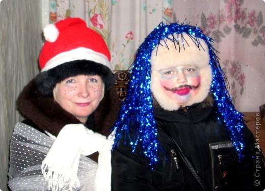 Рождество - один из главных христианских праздников, который весело отмечают во всём христианском мире. Вот и в нашем селе не обходится без веселья. Это я и племянник Ярославчик собрались колядовать. фото 1