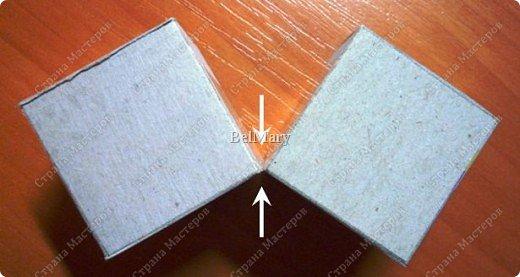 Кубик-трансформер - интересная поделка. Из этой поделки легко сделать сувенир - подвижный календарь, или головоломку по сбору из отдельных кусочков изображения единой картинки. На сторонах кубика можно разместить 9 разных картинок - шесть квадратных снаружи и три прямоугольных внутри. фото 5