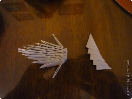 Китайский дракон:  Всего использовано 811 треугольных модулей размером примерно 37×53 мм. Это примерно около 26 листов формата А4. фото 16