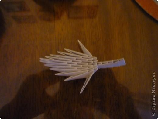 Китайский дракон:  Всего использовано 811 треугольных модулей размером примерно 37×53 мм. Это примерно около 26 листов формата А4. фото 17