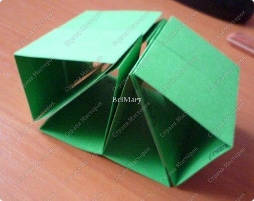 Для того, чтобы сделать такой трансформер нам понадобится: плотная бумага (12 см * 24 см), линейка, карандаш, ножницы, скотч. фото 11