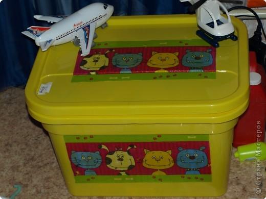 Декупаж: Ящик для игрушек фото 2