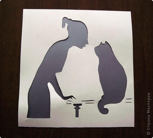 """Когда искала кошку для своей работы """"кошка с мышкой"""" увидела такую удивительную картинку,наверное она про всех кто любит кошек.Её автор-  художник Нина Графова. Захотелось вырезать.Правда не нашла подходящей бумаги для рамки."""