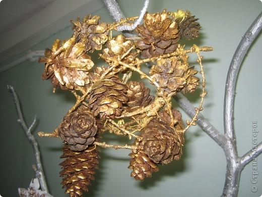 Золотой мини-новогодний веночек фото 1