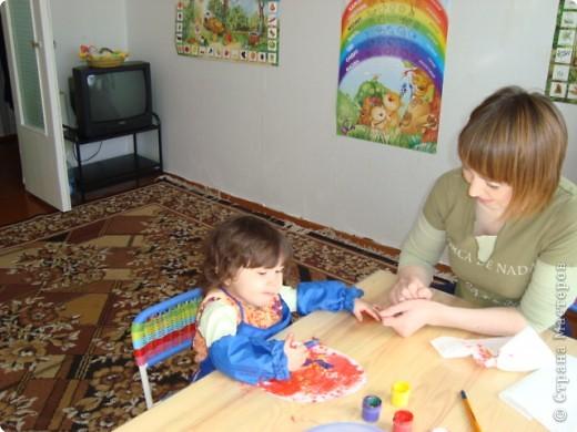 Мы с Надюшеи делаем подарок для бабушки фото 1