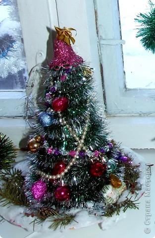 """Выставку """"Новогодний букет"""" к прошедшему Новому году организовал Центр внешкольной работы (фото из архива). фото 6"""
