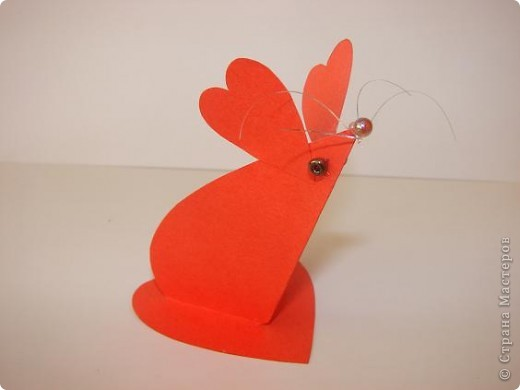 Эти мышки - валентинки 2 - классники приготовили  в подарок родителям на День Валентина. Идею взяли из интернета.       фото 6
