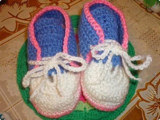 Вязание крючком: вязаные ботиночки фото 2